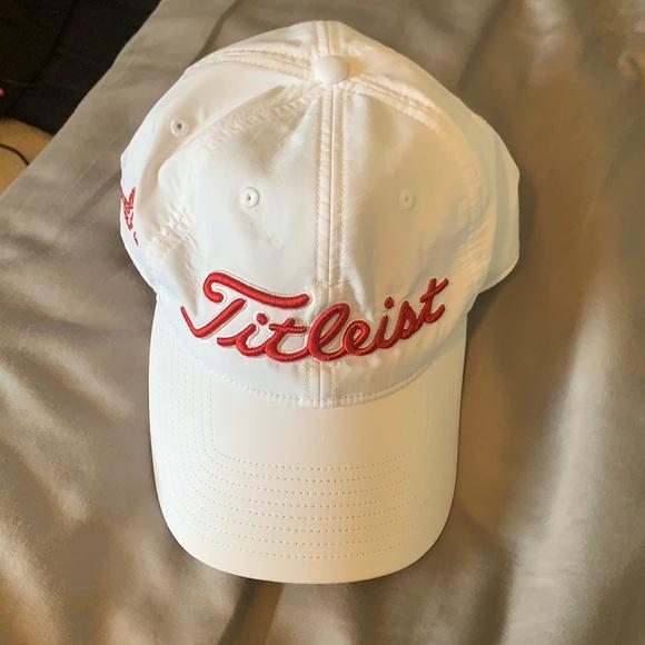 Titleist Forest Dunes hat